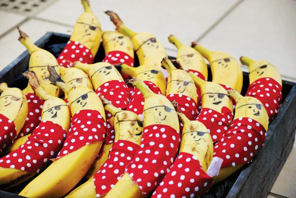 banana-pirates