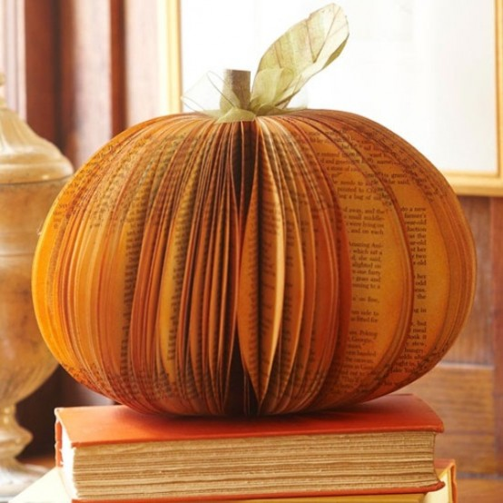 book pumpkin centerpiece idea