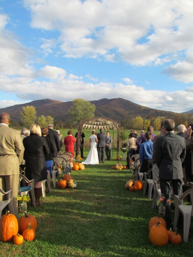 pumpkin wedding ceremony decor