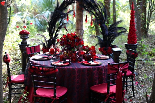 elegant spooky halloween table