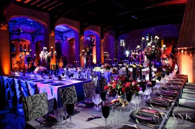 spooky elegant halloween tables