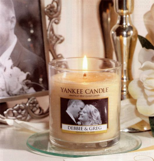 customized Yankee Candle wedding and event favors
