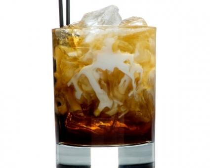 Broncos bulldog Super Bowl cocktail recipe