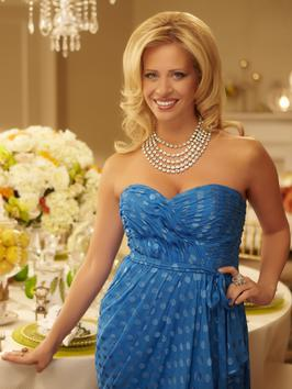 I'm no Dina Manzo but here are some ideas anyone can use while entertaining at home
